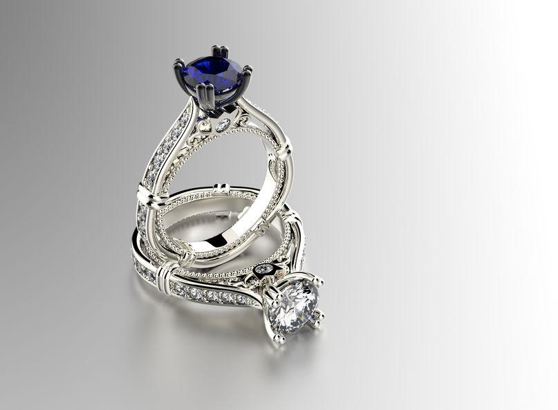 Pierścionek ze sztucznym diamentem
