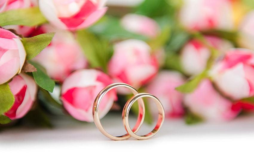 złote obrączki klasyczne na ślub